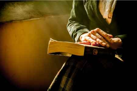 godly woman reading Bible